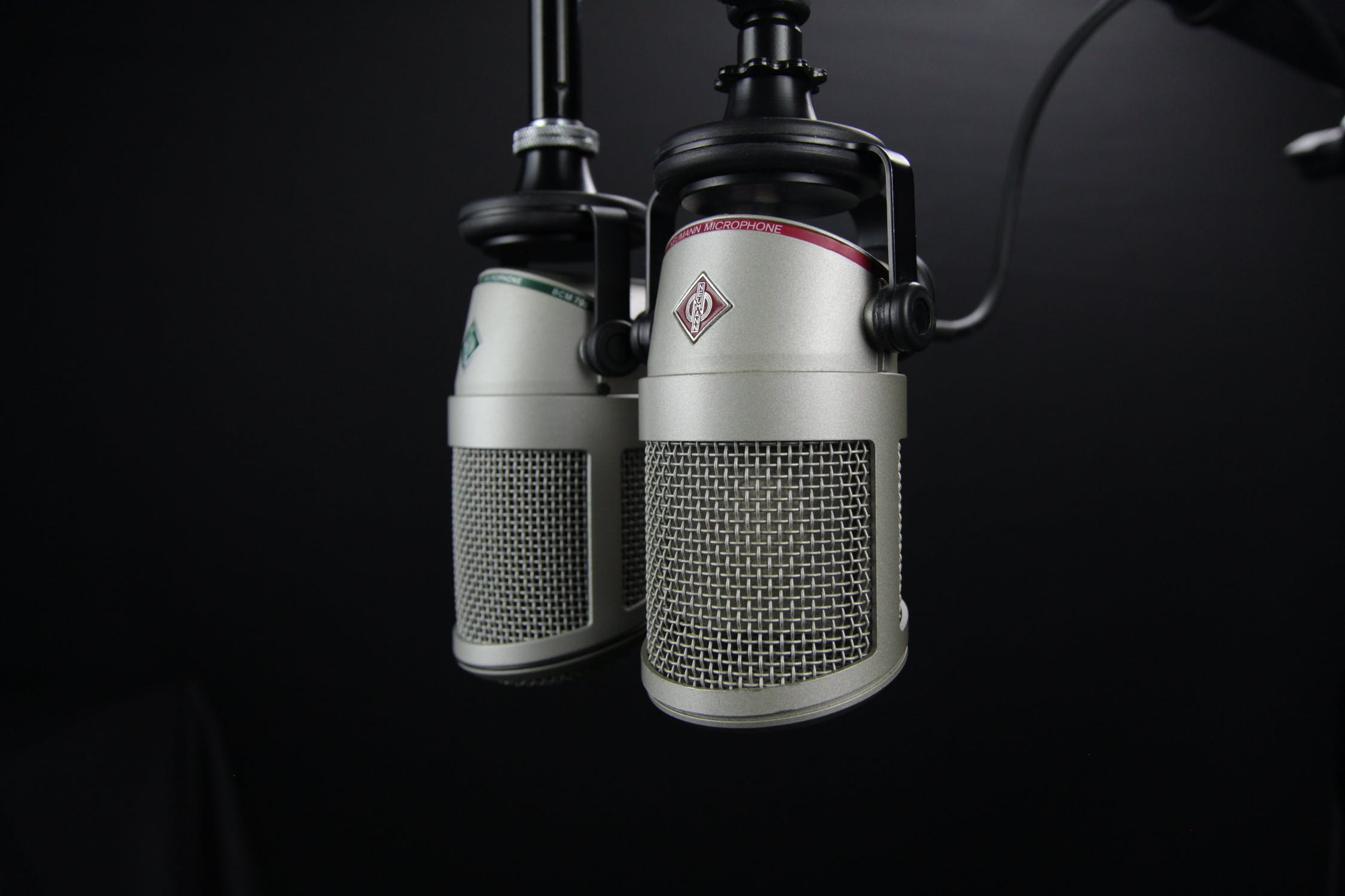 G. Seller On The Radio